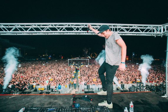 photo from http://theelectroside.com/
